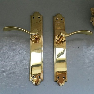 Vintage  Brass Lever Handle-UK240 Pair