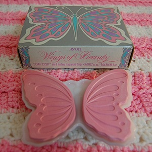 VINTAGE AVON Soap & Dish #Wings
